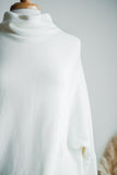 MOUNT SNOW DOLMAN TUNIC SWEATER IN CREAM