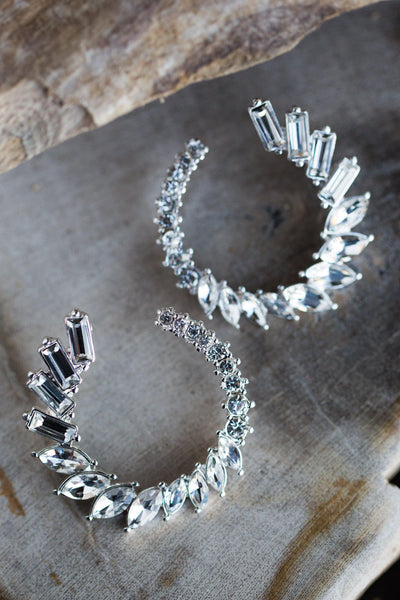 LEILA RHINESTONE WREATH EARRINGS IN SILVER