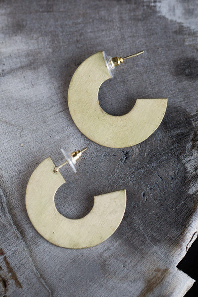 PIETRA FLAT HALF CIRCLE BRASS EARRINGS