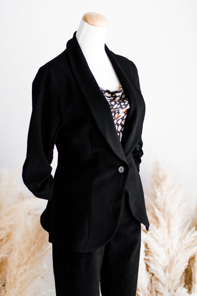 TAILORED STRETCH BLAZER IN BLACK