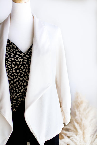 BASIC STRETCH OPEN BLAZER IN IVORY