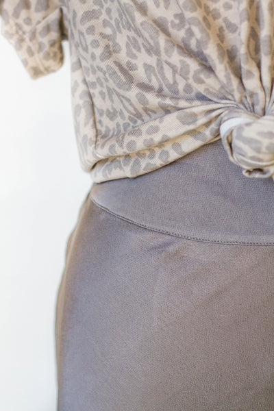 SATIN TULIP SKIRT IN GREY