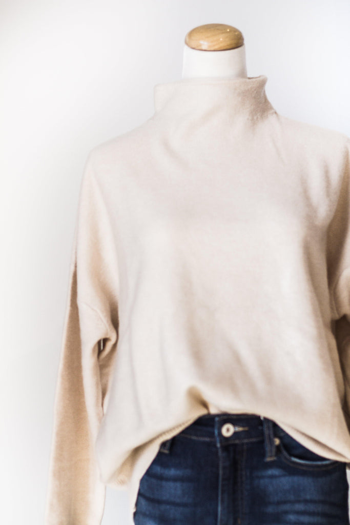 BEST SELLER SWEATER IN OATMEAL