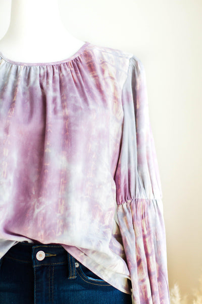 LILAC YOU A LOT TIE DYE TOP