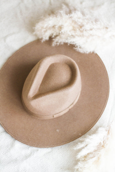 BEVERLY WOOL BRIM HAT IN TAUPE