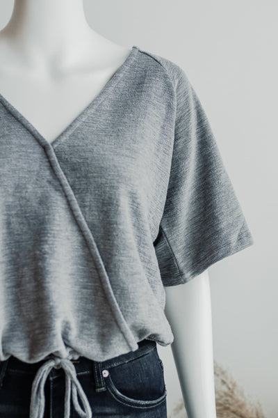 PLACID LAKE WRAP TOP IN GREY