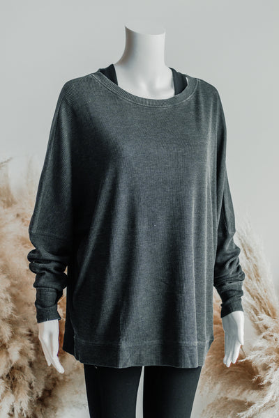 COVER ME PULLOVER IN CHARCOAL