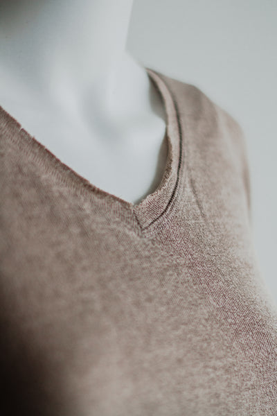 FIRST EDITION LOOSE FIT TOP IN MOCHA