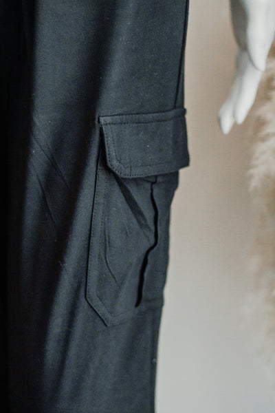 CARI JOGGER PANTS IN BLACK