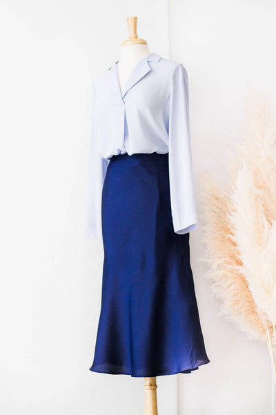 SARAE SATIN SKIRT IN NAVY