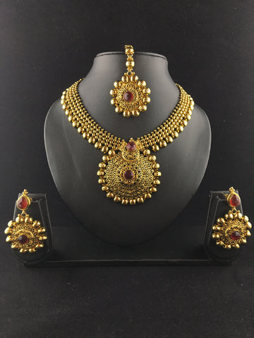 Gold and red Traditional choker set