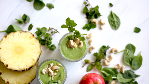 Mint Green Tea Smoothie Recipe from Blossom Yoga Wear