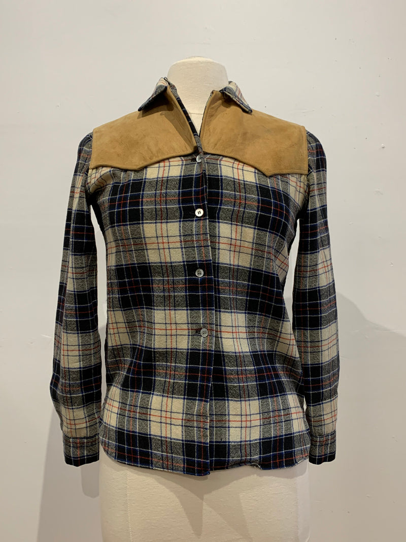 Vintage plaid button up w/suede detailing