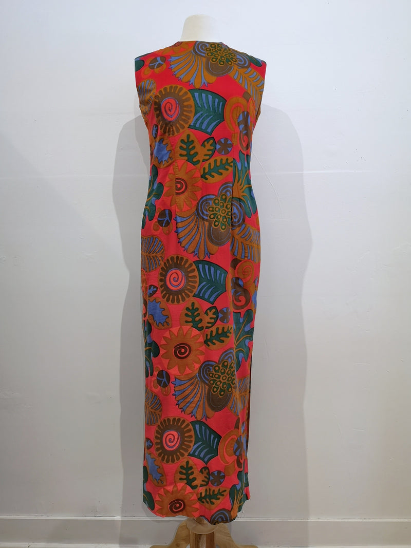 Vintage sleeveless maxi-dress