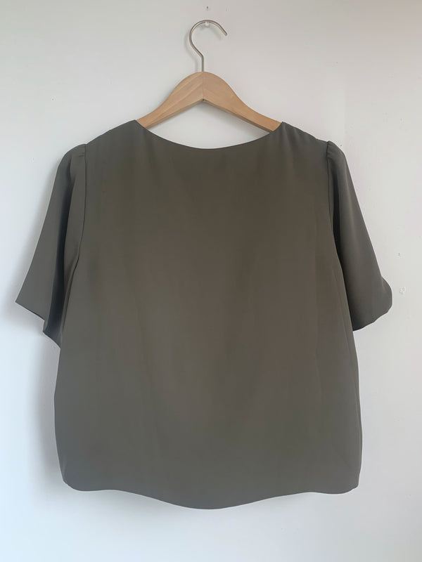 Short Sleeve Babaton Blouse
