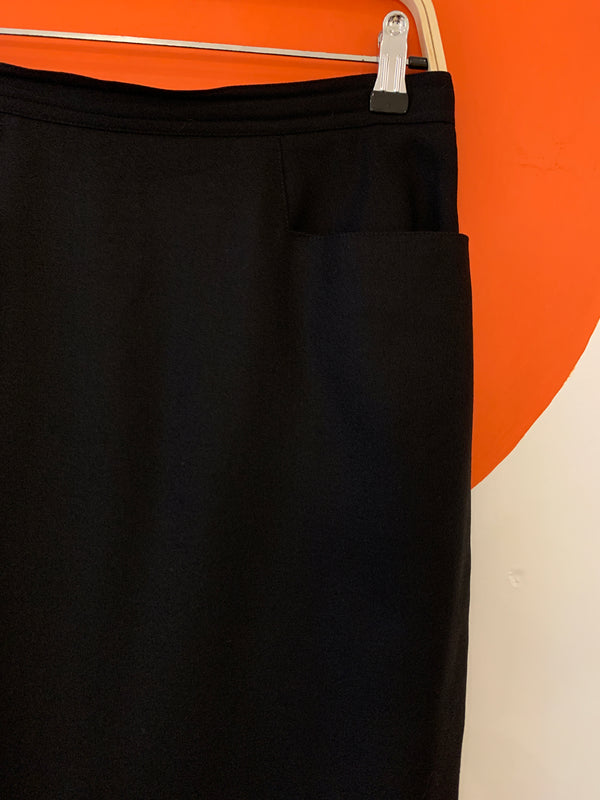 Vintage Black Pencil Skirt with Pockets!