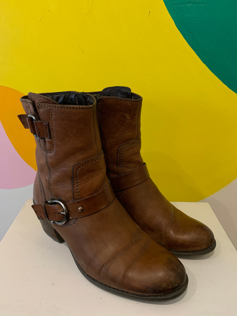 Clarks Heeled Buckle Boots