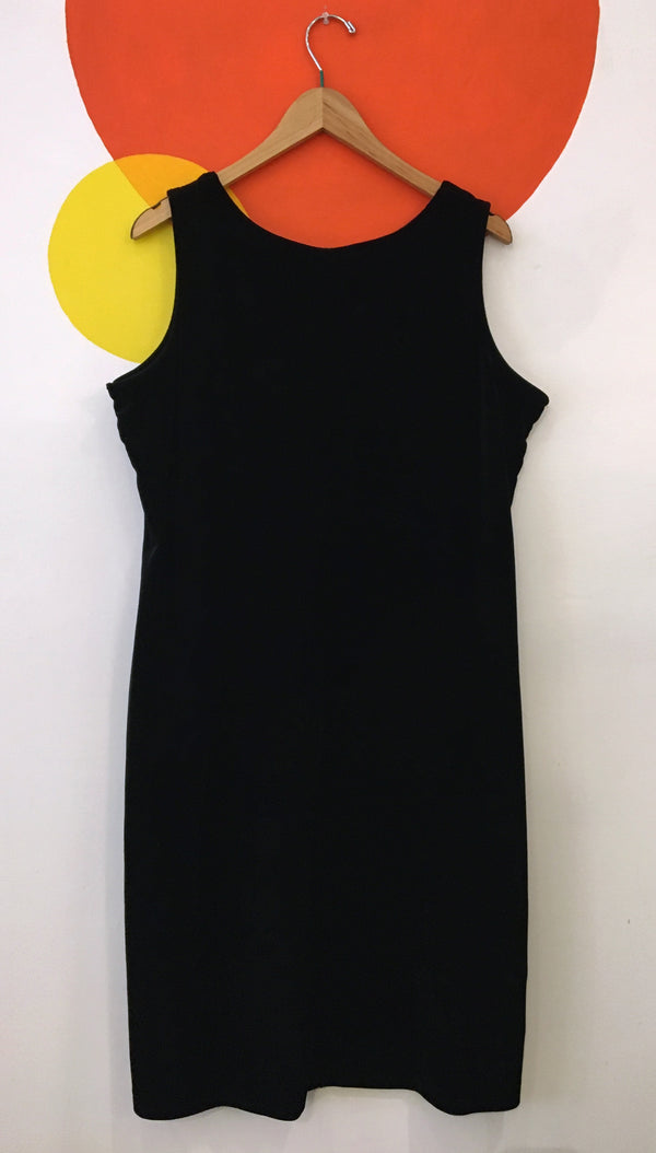 Sleeveless velour black dress