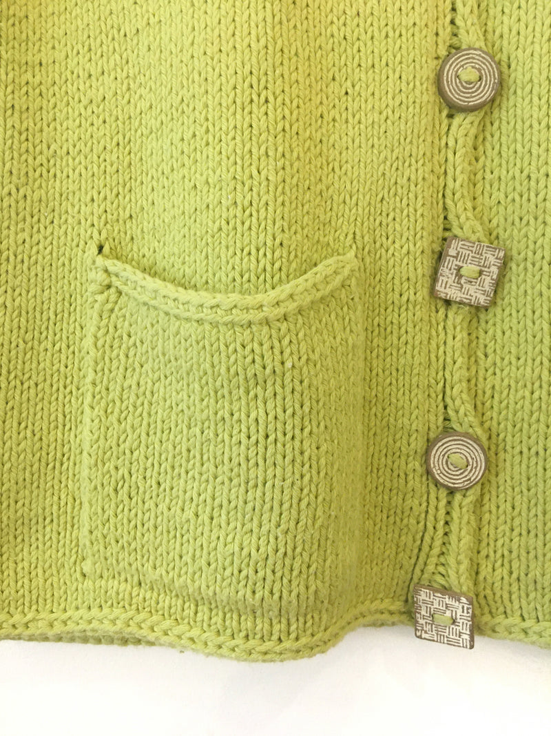 Knit vest with ceramic buttons