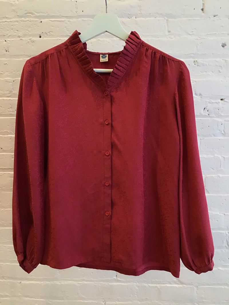 Vintage silk blouse w/pleated collar