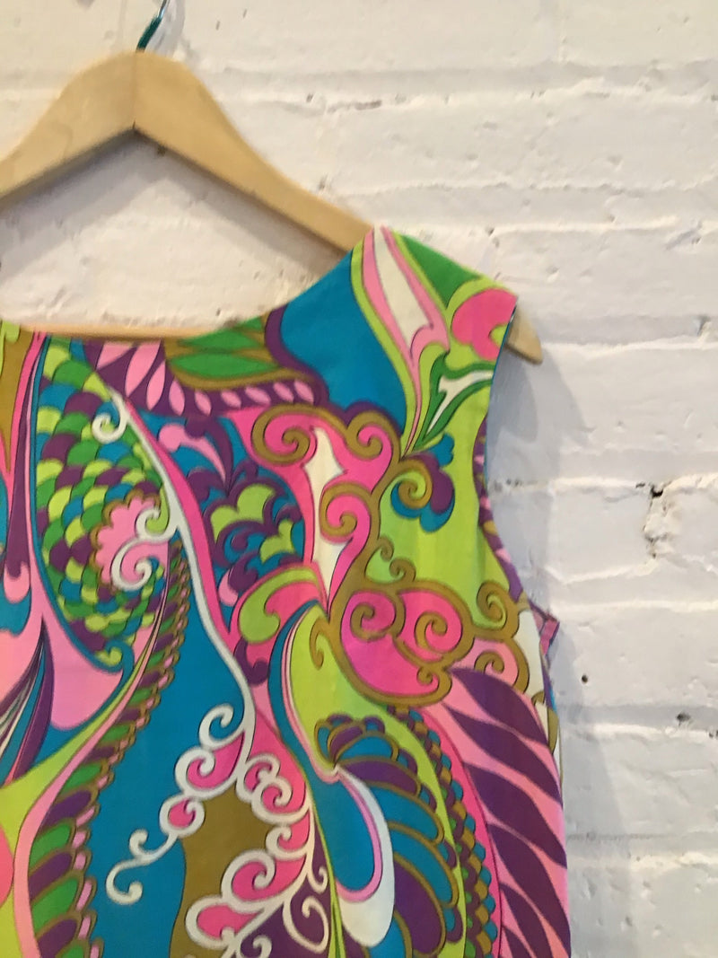 Psychedelic 60s shift dress
