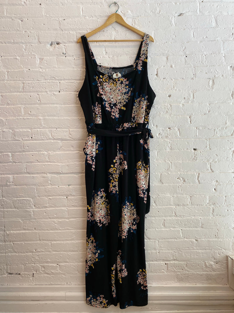 Sleeveless stretch floral jumpsuit