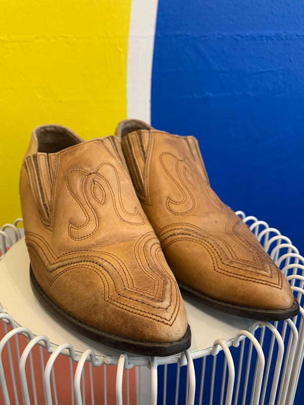 Vintage Cuban-Heel Western Shoes