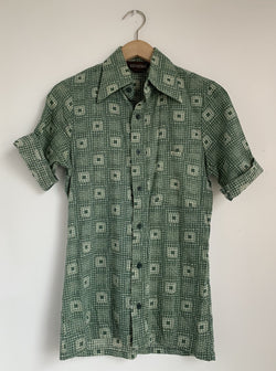 Vintage Green Print Button Up