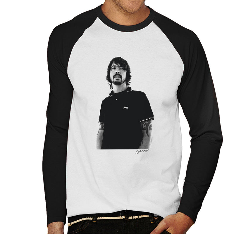 Dave Grohl Munich Rooftop 2007 Men's Baseball Long Sleeved T-Shirt