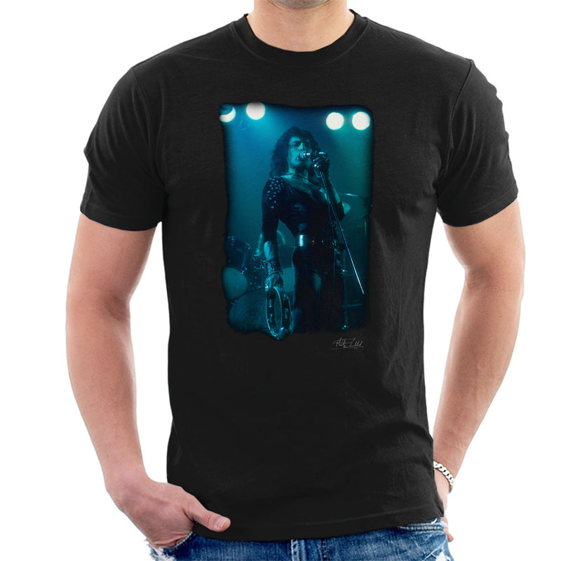 Freddie Mercury In Black Queen On Stage Men's T-Shirt