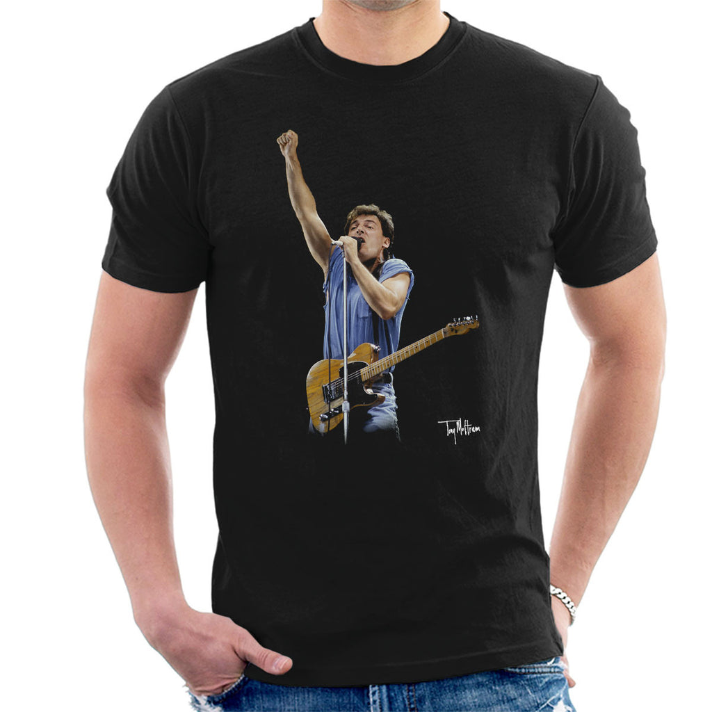 Bruce Springteeen Performing Fist Men's T-Shirt