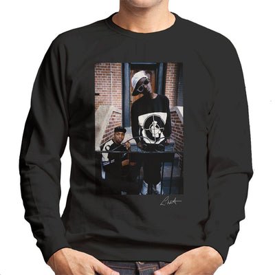 Public Enemy Flavor Flav Chuck D On Steps Men's Sweatshirt - Don't Talk To Me About Heroes