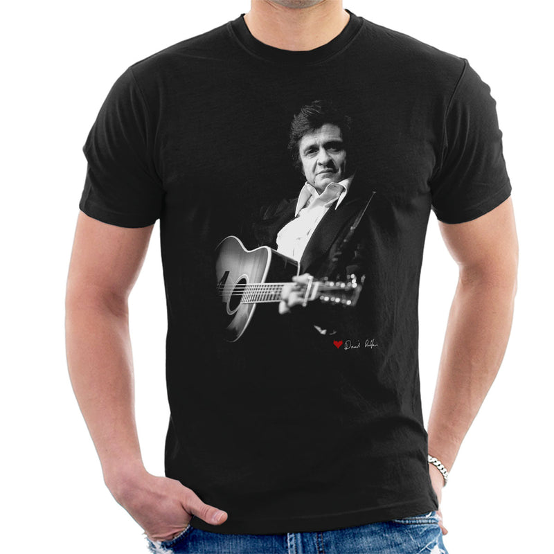 Johnny Cash Performing Guitar Shot London 1983 Men's T-Shirt - Don't Talk To Me About Heroes