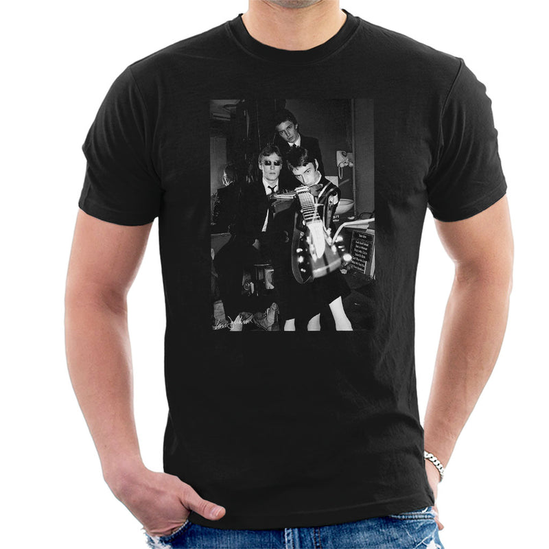 The Jam Headstock Shot 1977 Men's T-Shirt - Don't Talk To Me About Heroes