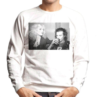 Sid Vicious And Nancy Spungen Drinking In London 1978 Men's Sweatshirt