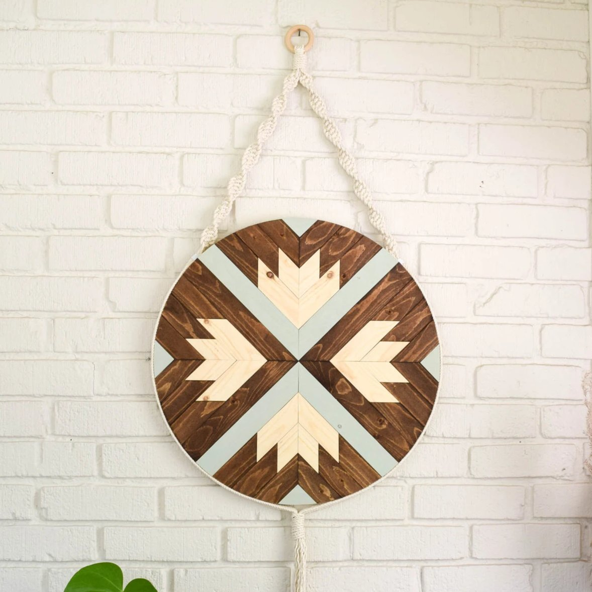 Finch - Round Macrame Wood Wall Art Hanging