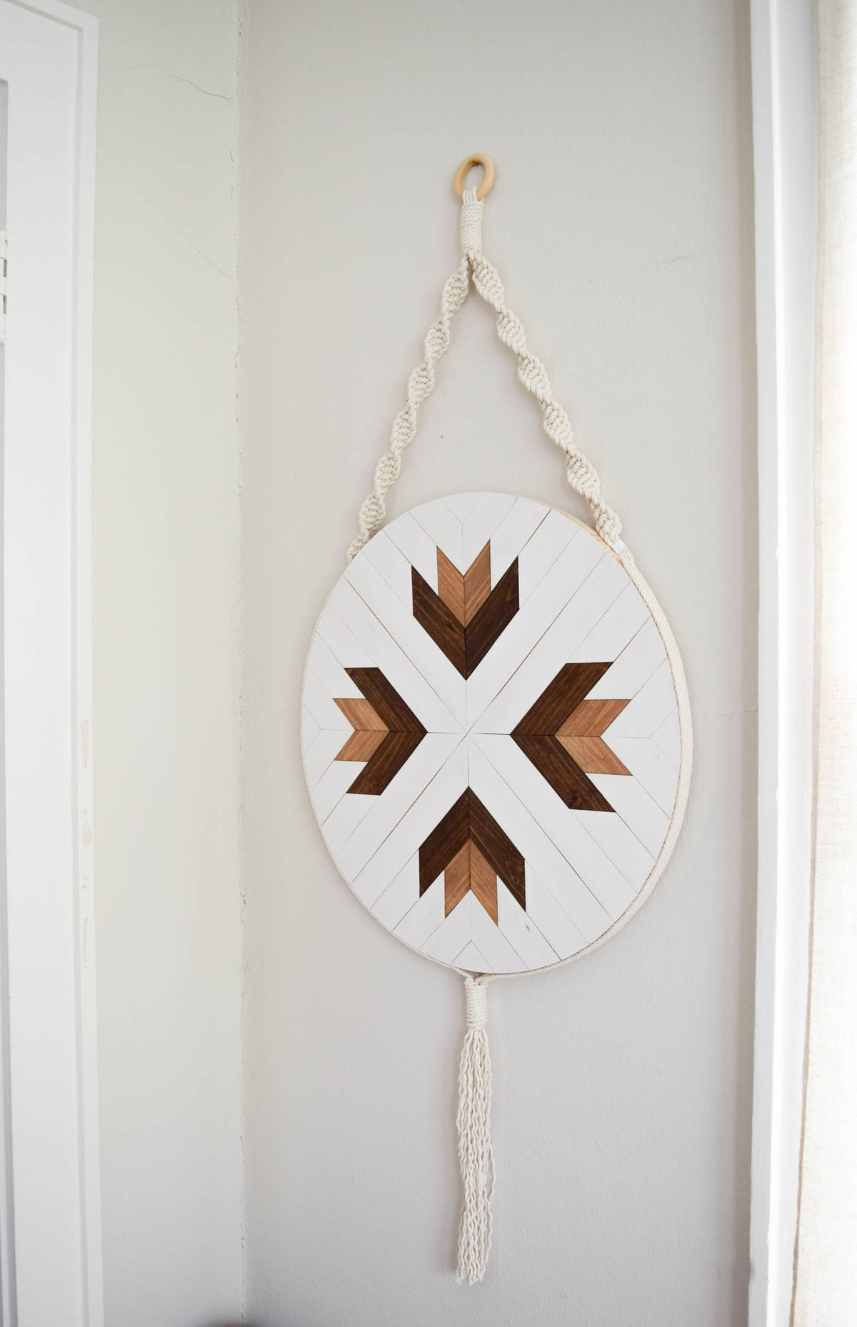 Adrastea - Round Macrame Wood Wall Art Hanging