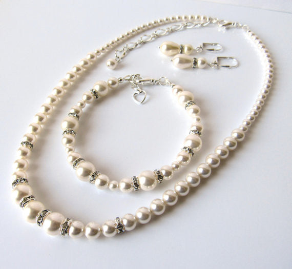 5 Bridesmaids Freshwater Pearls and Swarovski Crystal Sets ! - FabFunBride