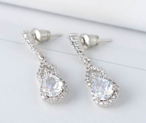 Teardrop Earrings - FabFunBride