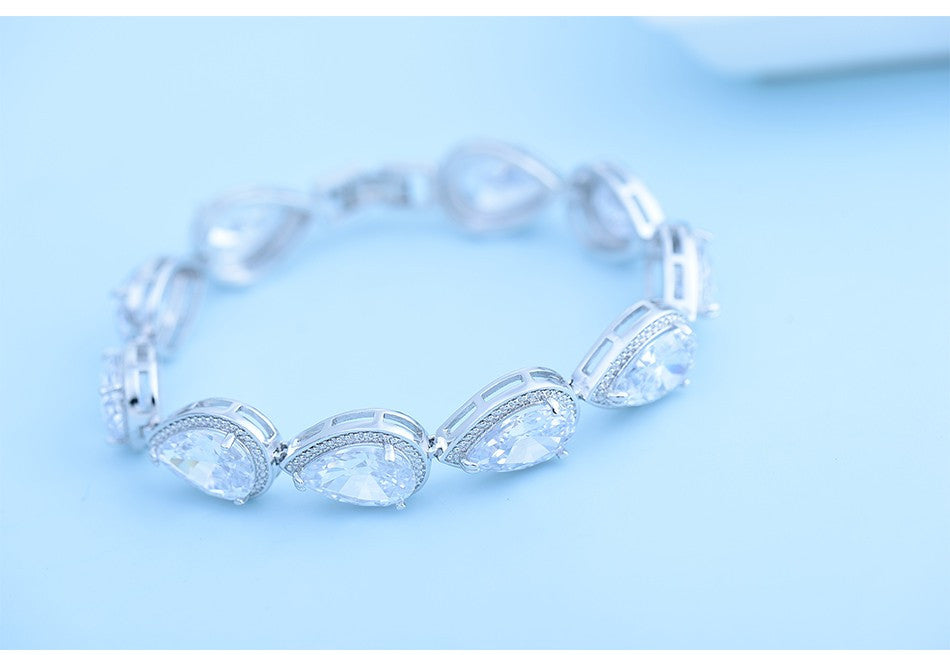Luxury Bracelet Big Teardrop Clear Cubic Zircon - FabFunBride