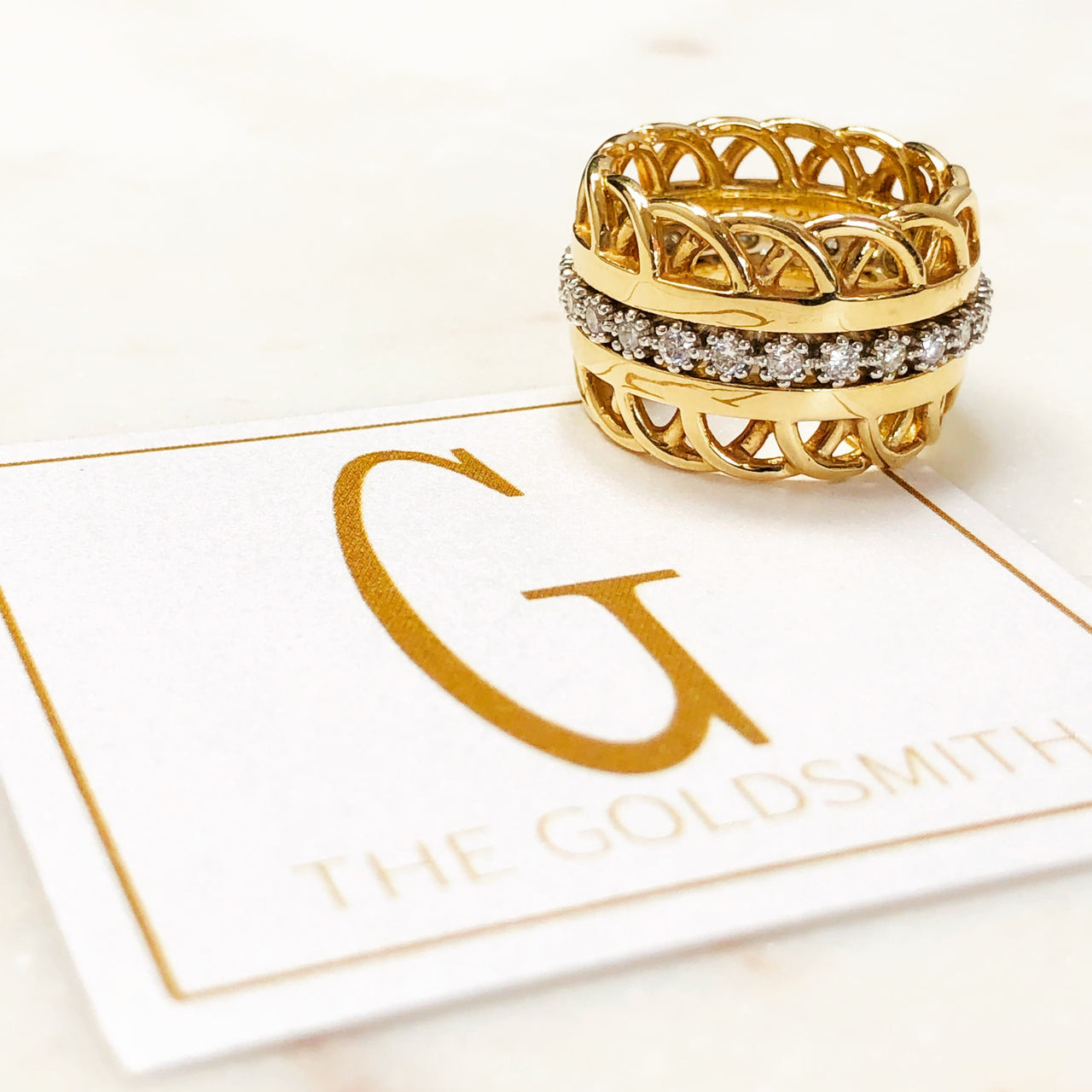 14K Yellow Gold Side Band Pair.