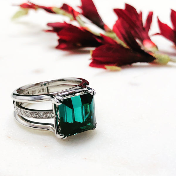 18K White Gold Indicolite Tourmaline & Diamond Ring.