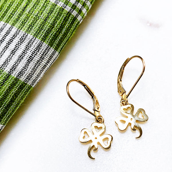 14K Yellow Gold Shamrock Earrings.
