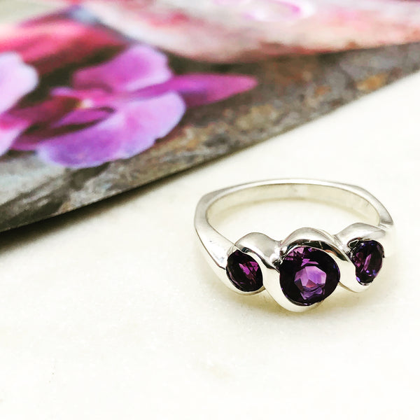 Sterling Silver Amethyst Ring.