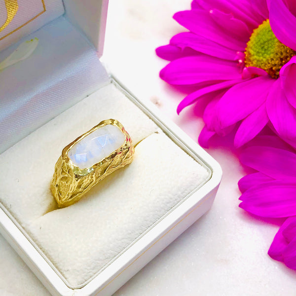 Sterling Silver/Yellow Gold Plated Moonstone Ring.