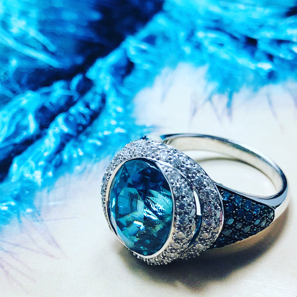 18K White Gold Blue Zircon & Diamond Ring.
