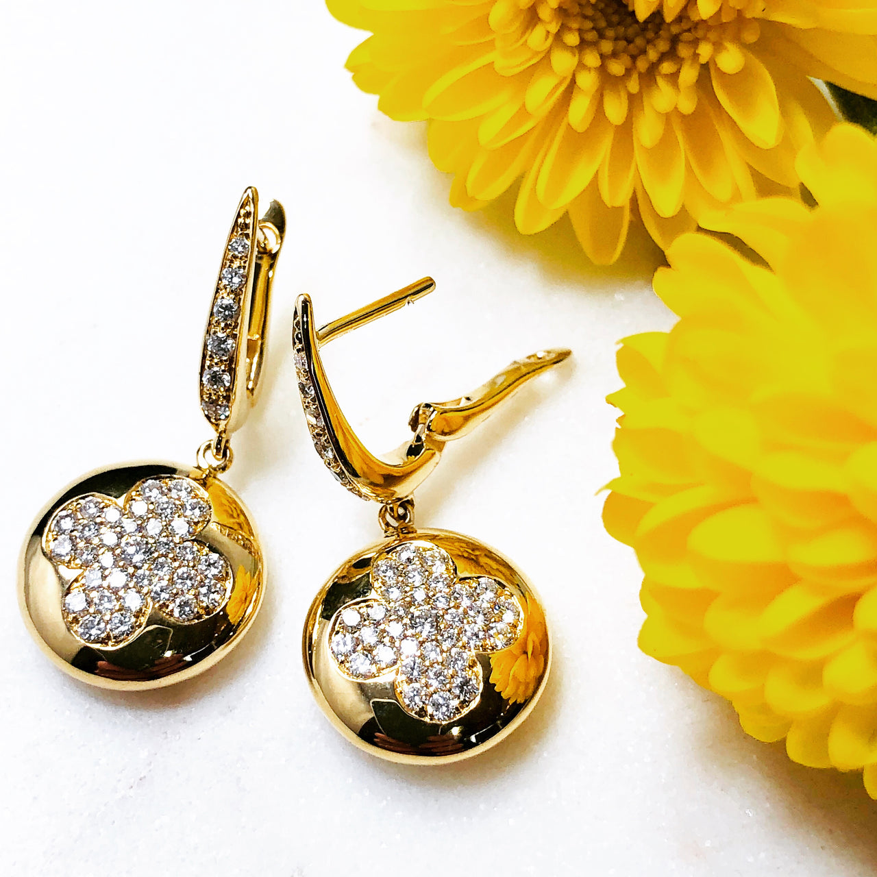 18K Yellow Gold Diamond Earrings.