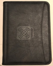 Leed's Zippered Portfolio