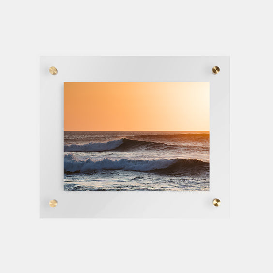 Top 5 places to find frames online by The Sunset Shop.