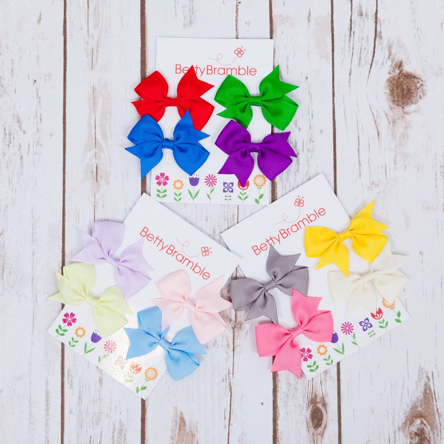 Pretty Hair Bows on Floral Card,Kids T Shirts - Betty Bramble